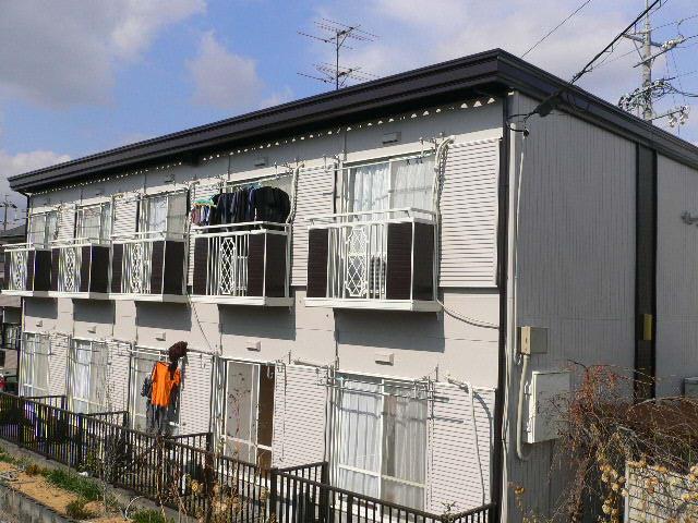 静岡市駿河区 Rアパート 階段外壁塗装リフォーム事例