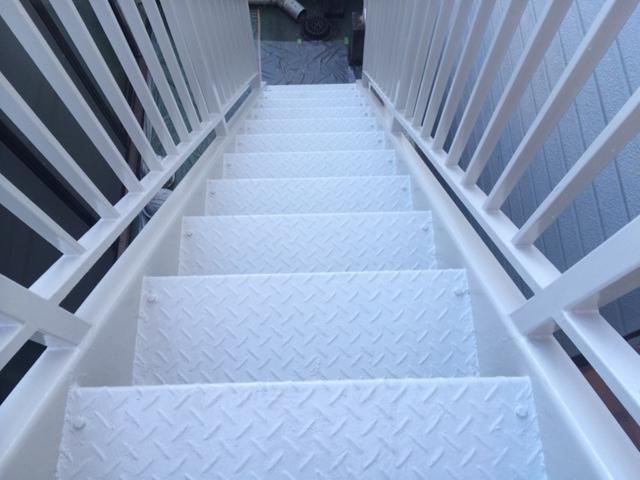 静岡市葵区 I様貸店舗 階段塗装リフォーム事例